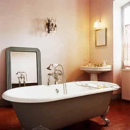 Aquamondo : Saint-Gobain investit la salle de bains