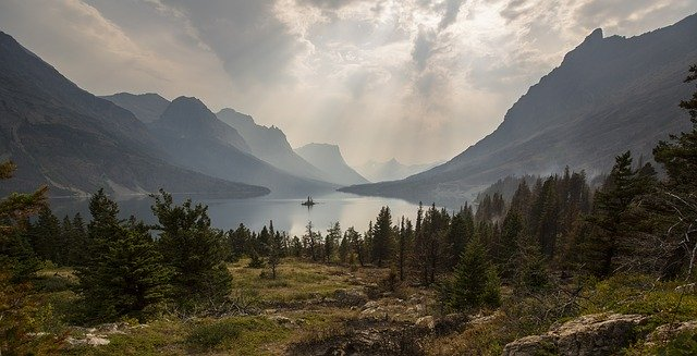 Clouds Panorama Landscape Mountains Scenic Lake