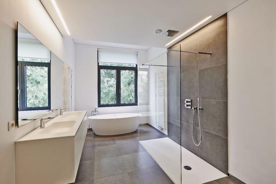 Les erreurs à ne pas commettre en rénovation de salle de bain