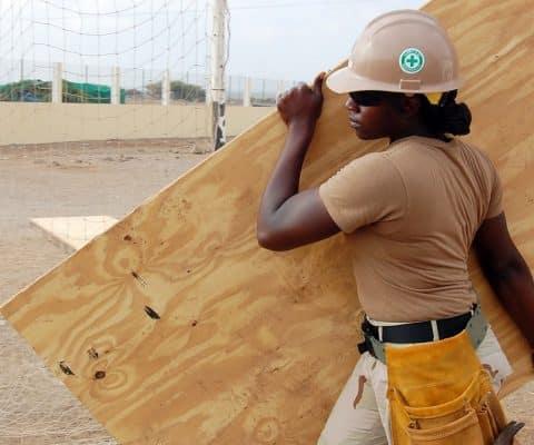 Bâtiment : les points à retenir sur le panneau OSB